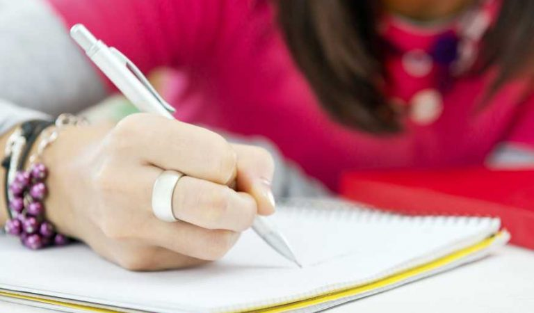 How to Write a Decent College Admission Essay: Useful Tips